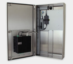 Enceinte industrielle pour PC commercial/industriel avec installation d'un Dell 5000