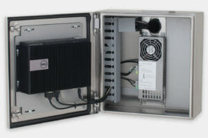 Intérieur de l'enceinte avec Box PC 3000 Dell