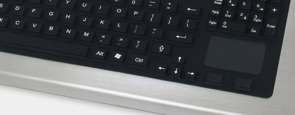 Option clavier course longue avec pavé tactile, conforme IP65/IP66