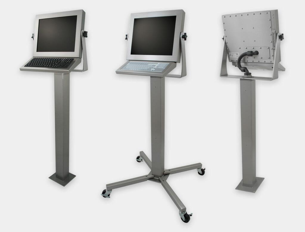Options de montage sur pied à usage industriel intensif pour écrans à montage encastrable universel et écrans tactiles. Conformes IP65/IP66