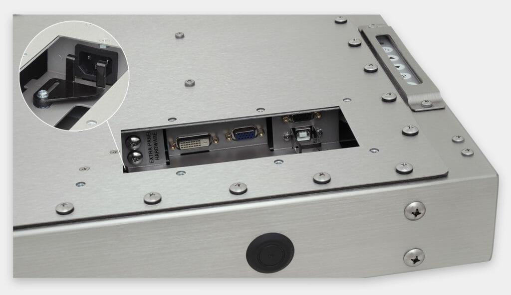 """Écrans 19"""" à montage encastrable universel pour usage industriel et écrans tactiles robustes homologués IP65/IP66, vue sortie câble CA"""
